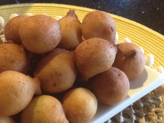 Hot Gulgoolas, begging to be dunked into tea or coffee