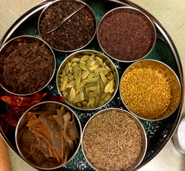 Masala Dabha - Spice tray with whole spices